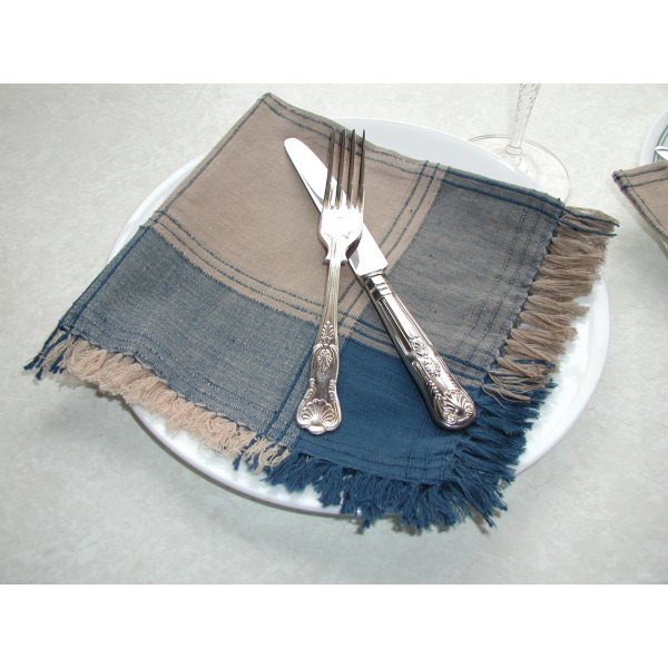 Beige/Blue Check Table Cloth 150x150cm