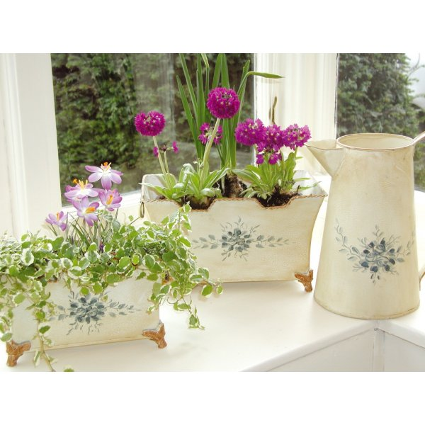 Set of 2 Blue Flower Decorative Planters