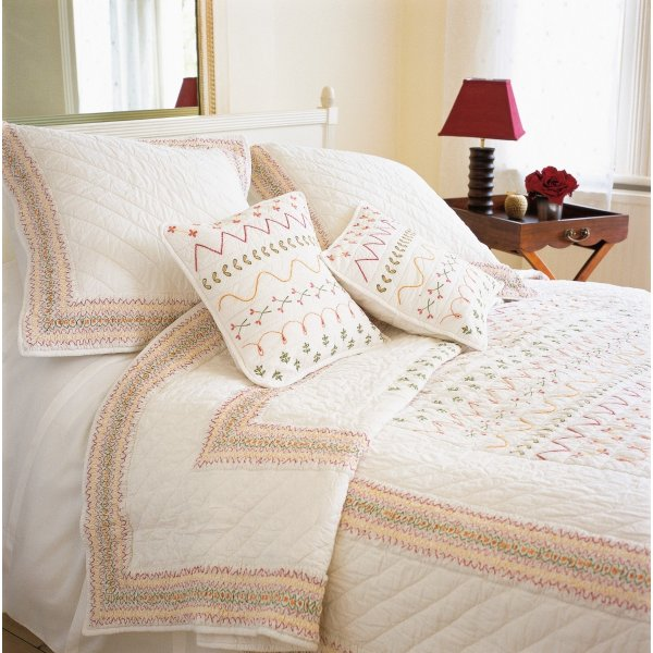 Valencia Quilted Bedspread 215 x 210 cm