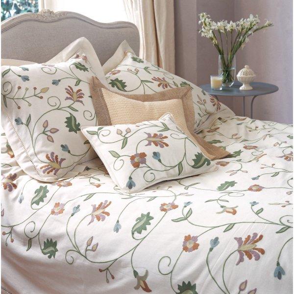 Vine Bedspread/Throw Large 250 x 240 cm