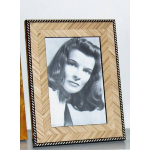 Italian Veneer Fish Tail Marquetry Photo Frame 7 x 5 inch